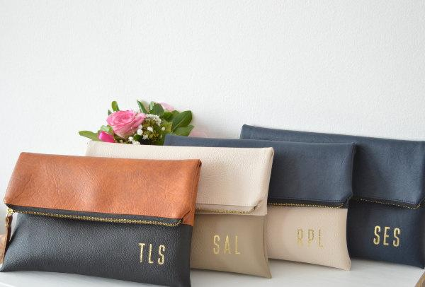 Свадьба - 4 foldover monogrammed bridesmaids gifts, Set of 4 clutches for wedding, Imprinted gold initials clutch