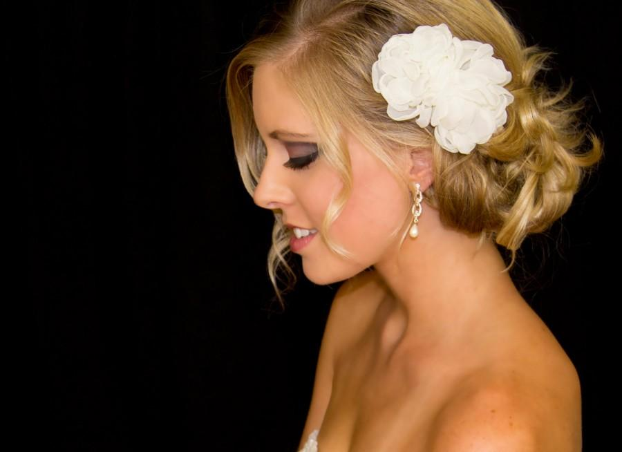 Свадьба - Bridal Hair Flower Duo in Organza, 3.5 & 2.5 Inch Wedding Hair Clip, White or Ivory, Style 2013, Made to Order