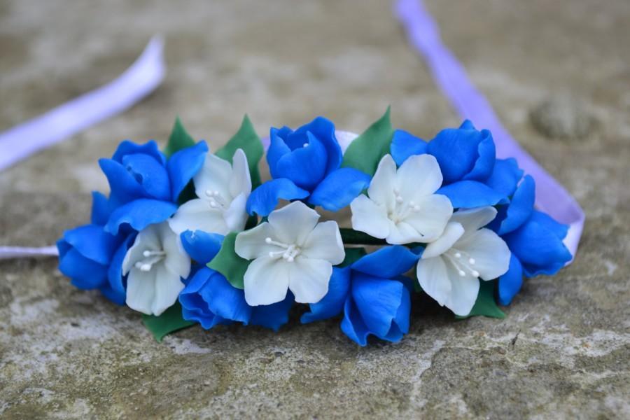 Wedding - Bride bracelet. blue bridal bracelet. blue wedding accessories. Men's Wedding boutonniere. Fresia blossom bride corsage. Bridesmaid bracelet