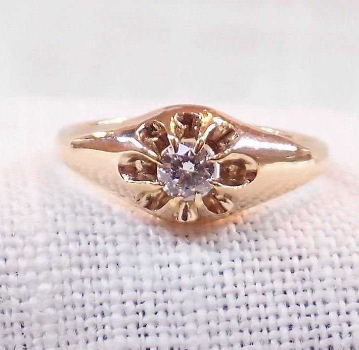 Свадьба - Victorian 14k Gold and Diamond Engagement Ring .25 Carat