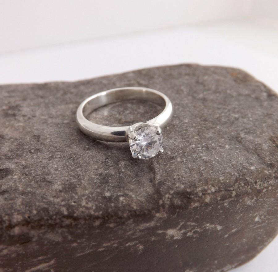 Mariage - Engagement Ring Diamond Alternative - Eco Friendly Bridal Jewelry in Recycled Silver & White Topaz