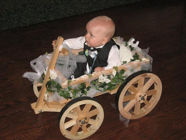 Mariage - Small Flower Girl Wedding Wagon- Unfinished