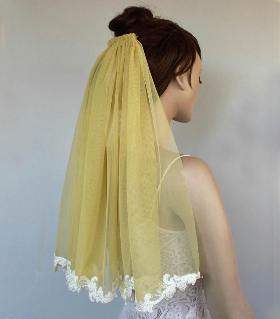 Bridal Veil, Pastel Yellow Tulle, Lace Applique Trim, Unusual Veil ...