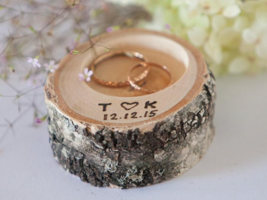 Свадьба - Ring bearer pillow,  peronalized rustic wedding ring holder, rustic ring box, wedding decoration, woodland wedding decor