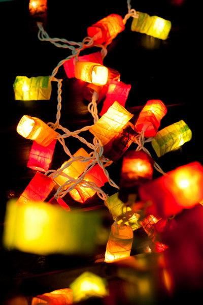 Mariage - 35 LED Bulbs Paper Lantern String Lights Mixed Colour for Party Wedding and Decorations