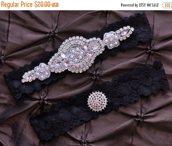 SALE Wedding Garter Bridal Set