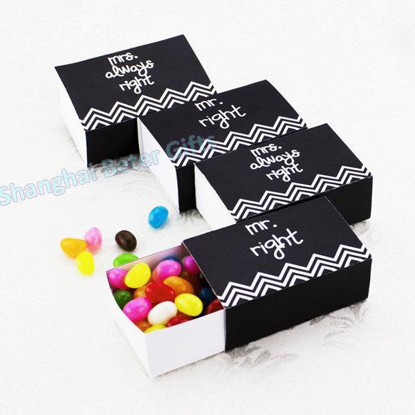 Hochzeit - 12pcs bride and groom party candy box TH034 wedding decor