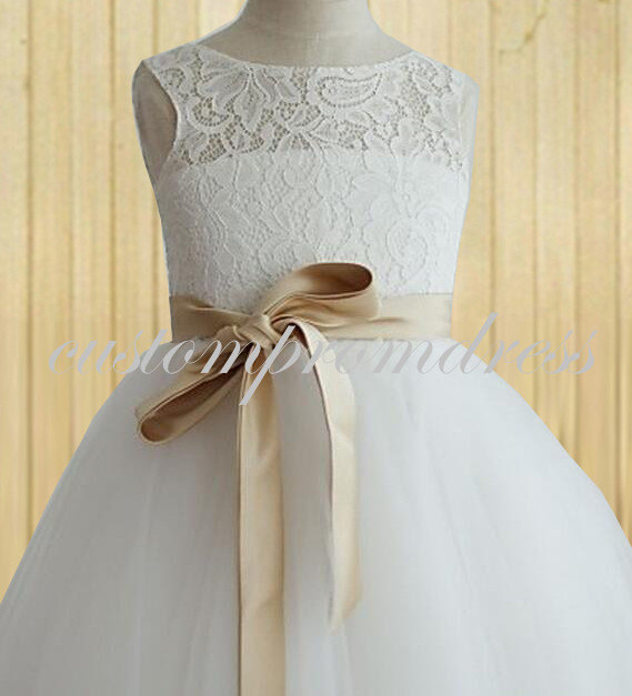 Свадьба - White/Ivory Lace Flower Girl Dress, Removable belt custom color Flower Girl Dress, Birthday Party Dress, custom for buyer T2201