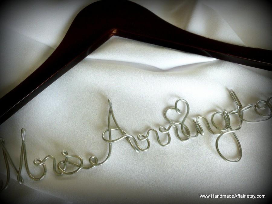 زفاف - Personalized Bride Hanger, Bridal Accessories, Wedding Dress Hanger, Great Engagement Gift