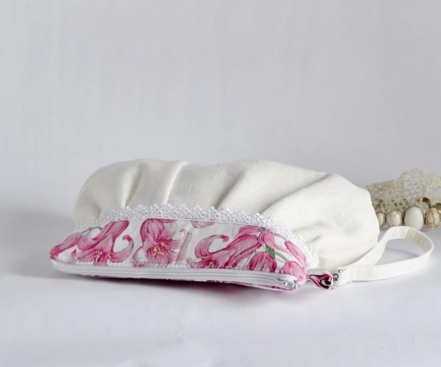 زفاف - Pleated Wristlet Pouch Clutch Laces Stripe Ivory Pink Floral Bridesmaid Gift Linen Cotton