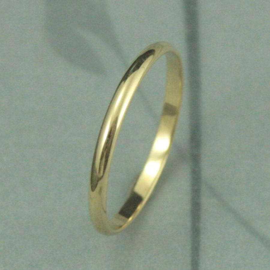 Mariage - Solid 18K Gold 1.5mm Skinny Minnie Plain Jane Half Round Band-YOUR Choice of 18K Yellow, White or Rose Gold