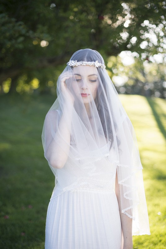 Mariage - CATHERINE Tulle Drop Veil, Tulle Veil, Veil, Wedding Veil, Circle Veil, Scalloped Veil, Lace Trim Veil, Ivory Veil, Drop Veil, Lace Veil