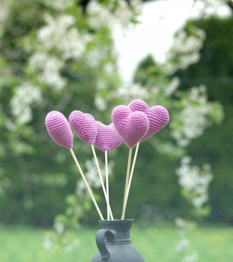 Hochzeit - Crochet hearts bouquet (set of 5) - Crochet wedding decorations - Birthday table decoration - Lilac hearts