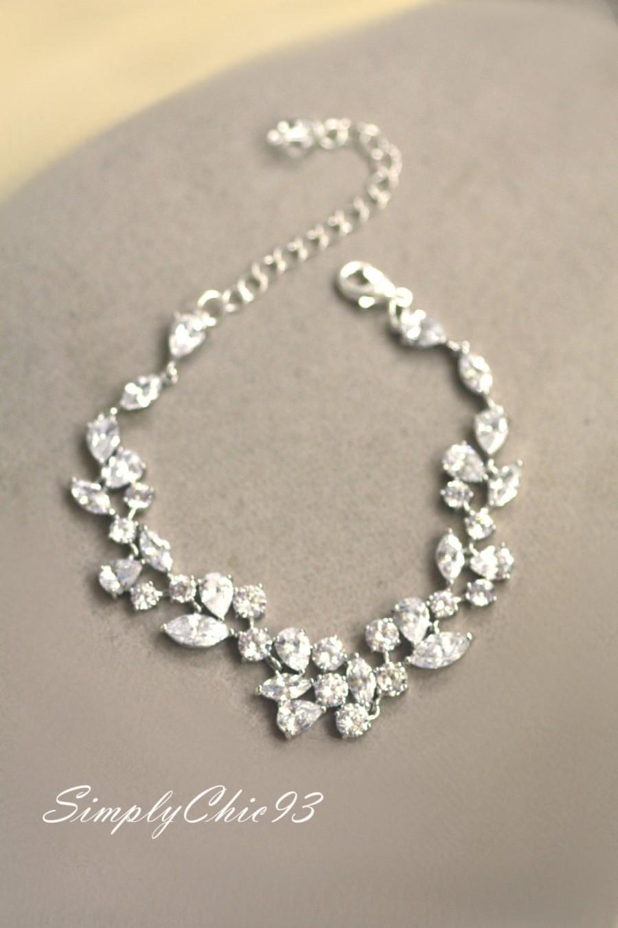 Wedding - Bridal Bracelet, Cubic Zirconia Bracelet, Wedding Bracelet, Bridal Cuff, Crystal leaf , Clear Crystal Bracelet, Swarovski. Link Bracelet