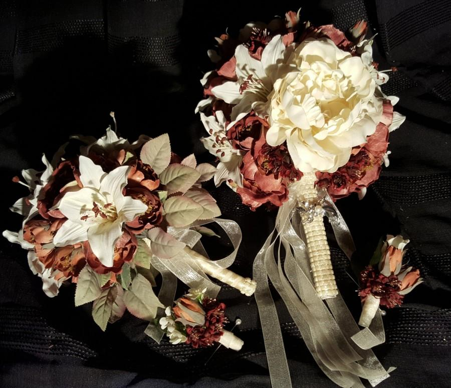 Mariage - Cream and Rust Small Country Wedding Bridal Set