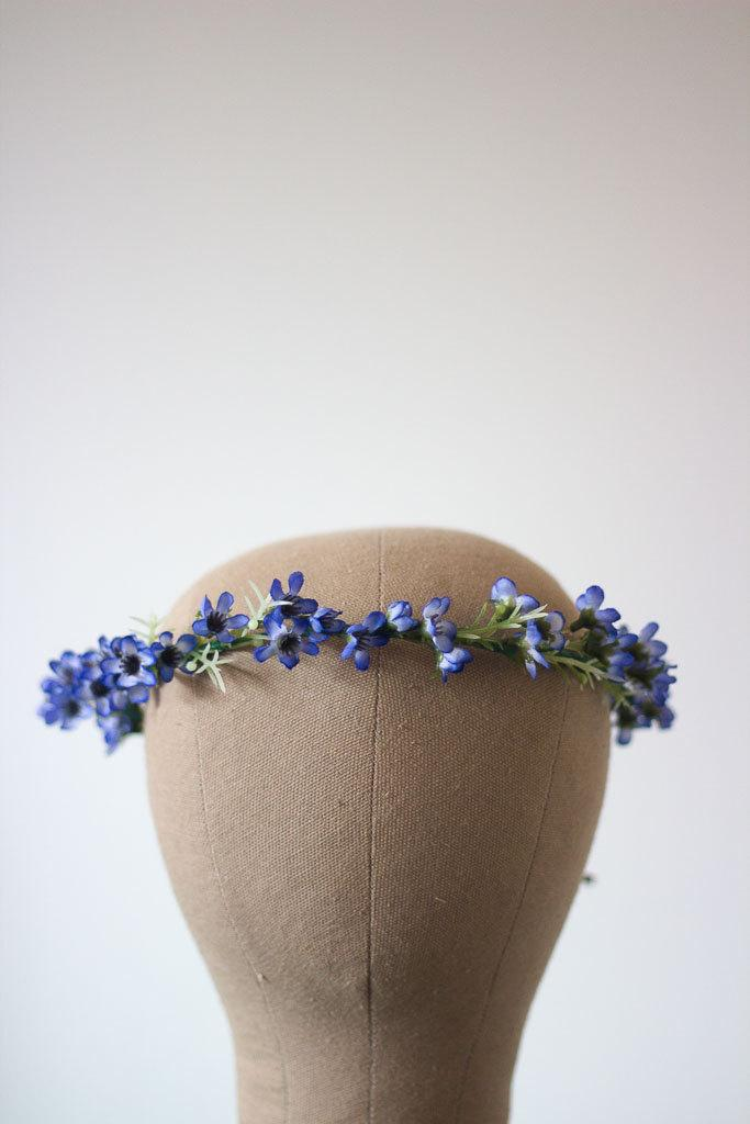 Mariage - MADE TO ORDER Pretty Blue Australian Native Wax Flower Crown Halo Wreath Photoshoot Thin Simple Unique Australiana Repurposed Leather Chic
