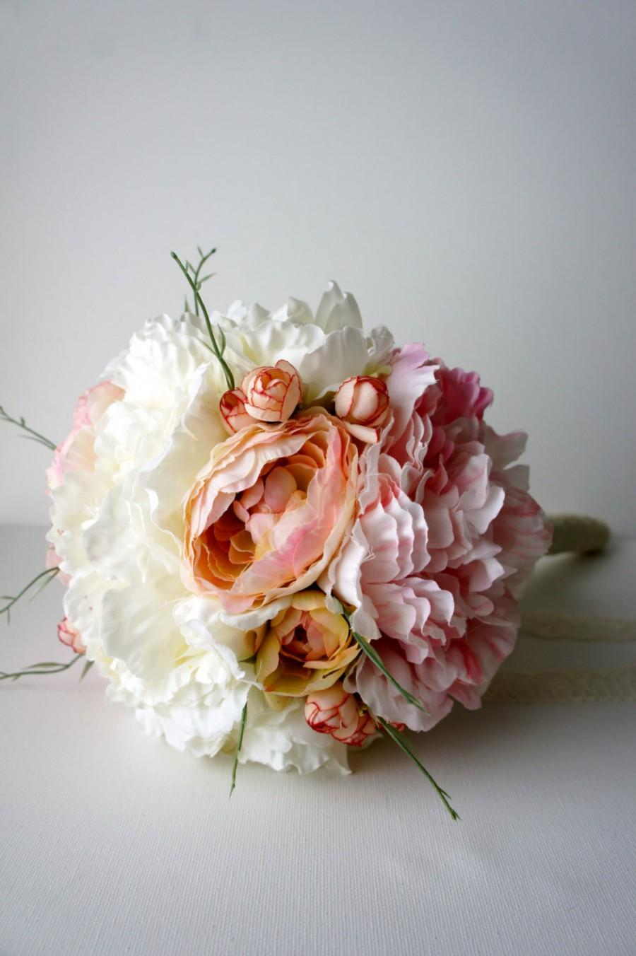 Hochzeit - Blush Pink and Ivory Peony Bridal Bouquet, Silk Wedding Flowers, Vintage Wedding, Rustic Wedding, Shabby Chic Wedding, Bride, Bridesmade