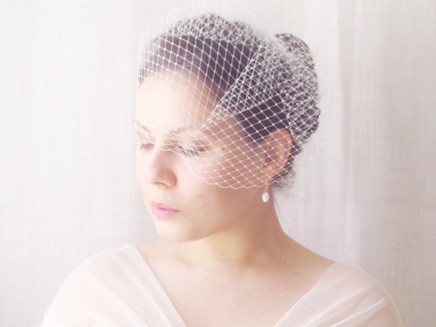 Wedding - Birdcage veil, French netting wedding veil, Ivory birdcage veil, White bridal veil, Small veil - VIVIANNE
