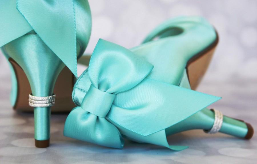 Hochzeit - Aqua Wedding Shoes / Bride on Budget Wedding Shoes / Bow Heel / Silver Ring Heel / Seafoam Shoes / Custom Bridal