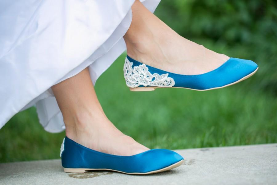 Свадьба - SALE - Teal Wedding Flats, Blue Wedding Shoes/Teal Flats with Ivory Lace. US Size 7