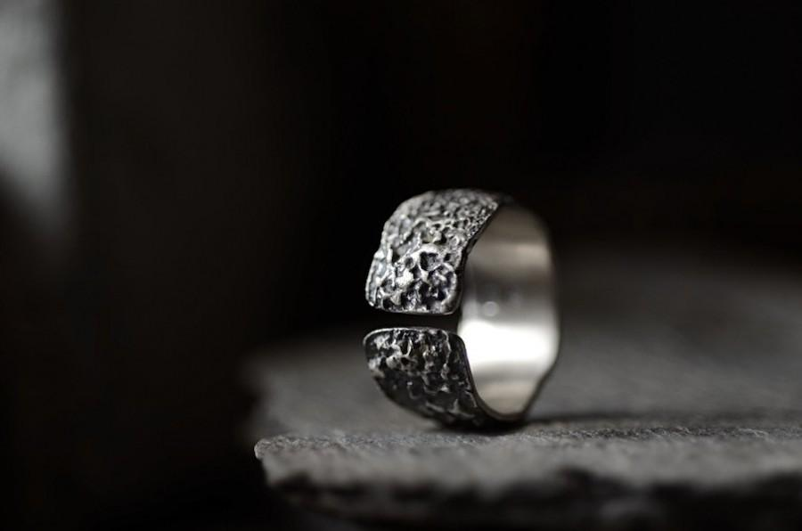 Mariage - OXYDE - dark silver band, rich texture ring: Wabisabi inspired, statement ring