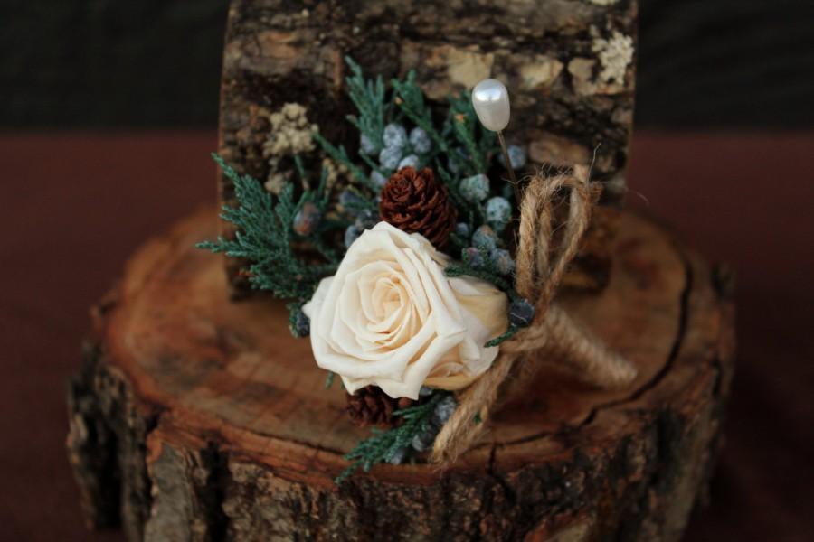 Свадьба - Rustic Winter Rose Wedding Boutonniere, Woodland Boutonniere, Rose Boutonniere, Grooms Boutonniere, Dried Flower Boutonniere, Bridal Bouquet