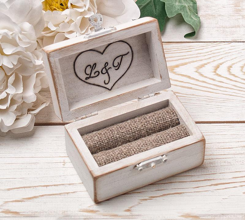 Hochzeit - Ring Bearer Box, Wedding Ring Box, Personalized Ring Box, Rustic Ring Box, Wedding Ring Holder, Ring Bearer Pillows, Wood Box