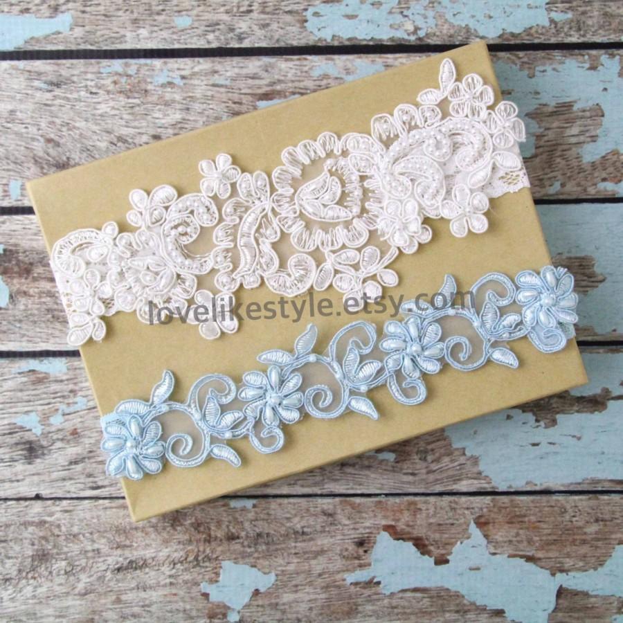 Mariage - Light Ivory and Light Blue Beaded Lace Wedding Garter Set , Ivory Lace Garter Set, Toss Garter , Keepsake Garter  / GT-44