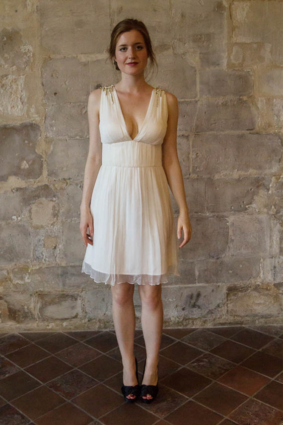 ... dress/ Beach wedding dress/ Robe de mariée courte Alesandra Paris
