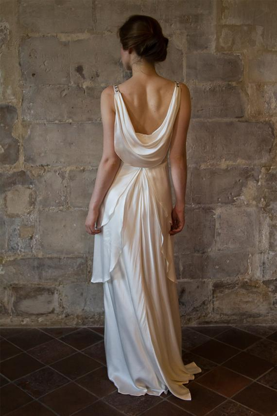 Silk wedding dress great gatsby wedding dress low back v for Vintage wedding dresses paris