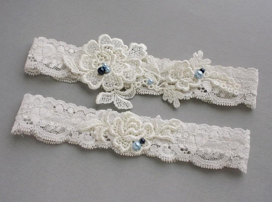 "Свадьба - Lace Wedding Garter Set, Something Blue Garter Set, Beaded Lace Garters with Pearls - Ivory or White Lace - Bridal Garter Belt - ""Adelina"""