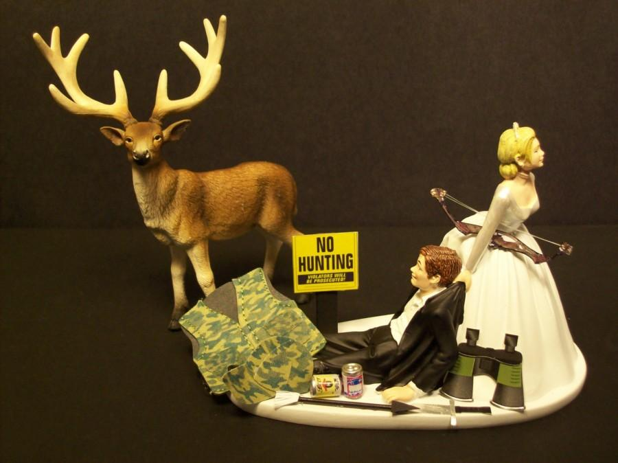 Wedding - NO HUNTING DEER with Bow and Arrow  Bride and Groom Wedding Cake Topper Funny Sport