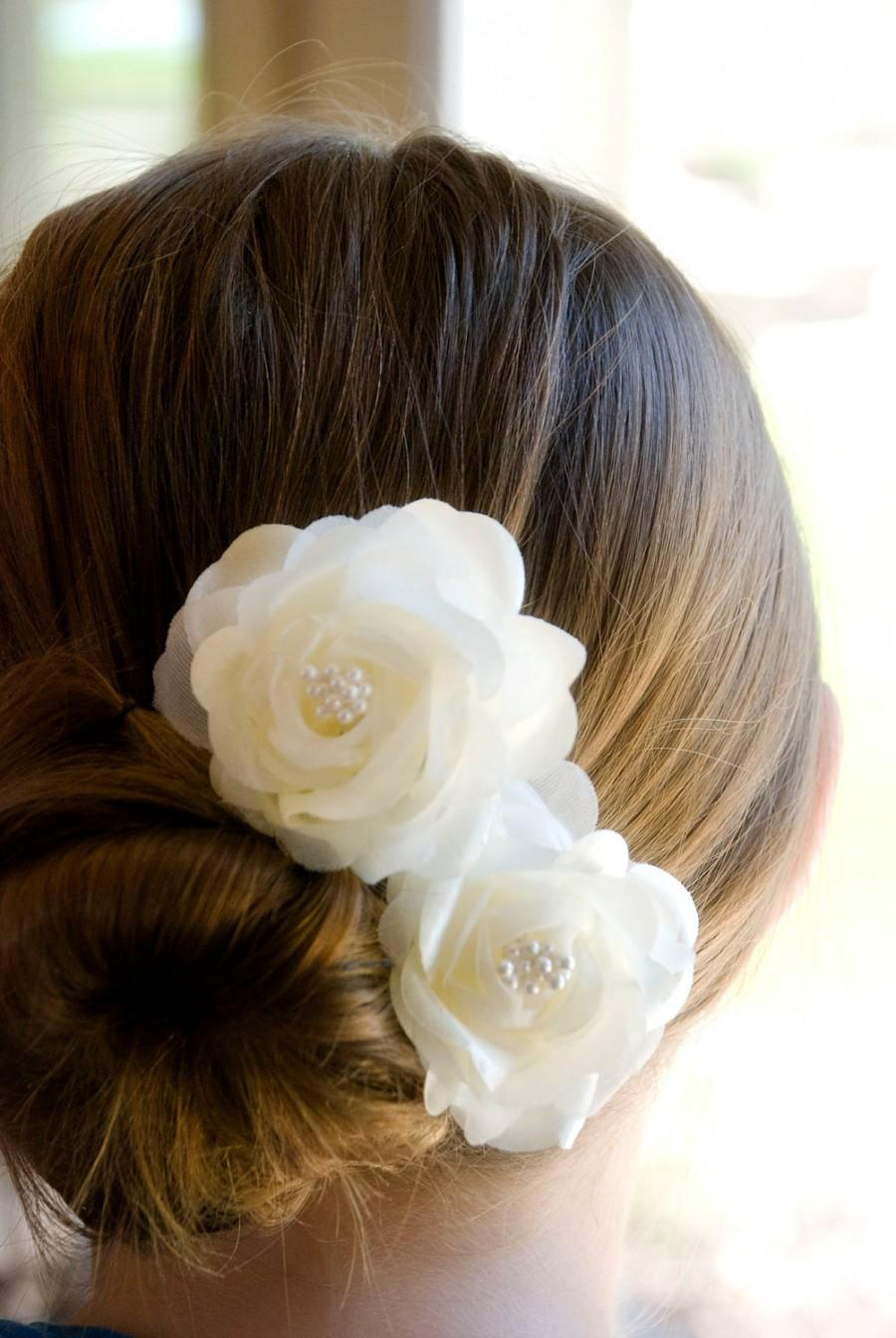 زفاف - Wedding Hair Flowers Bridal hair piece Ivory flower hair pins includes 2 hair pin or on ALLIGATOR CLIPS
