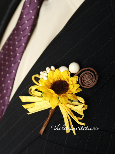 Свадьба - Rustic Sunflower Boutonnieres Set of 3, Groom and Groomsmen Boutonnieres, Sunflower Wedding Accessories, Sunflower Brown Swirl Buttonholes