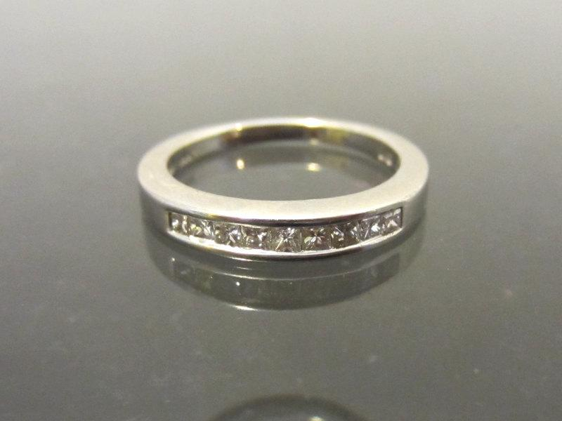 Mariage - Vintage 14K Solid White Gold Wedding Band Diamond Anniversary Ring Size 4.75