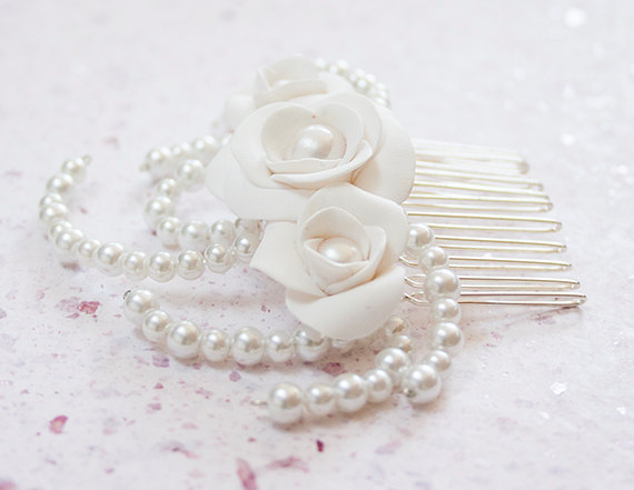 Mariage - Wedding rose hair comb Bridal White Roses and pearls hair piece classic wedding accessories jewelry Israel