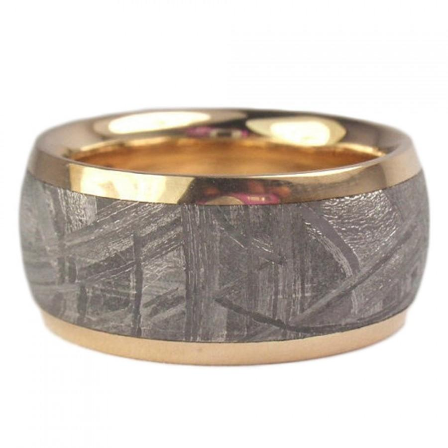 Mariage - Unique Wedding Band, 14K Yellow Gold Ring, Meteorite Band