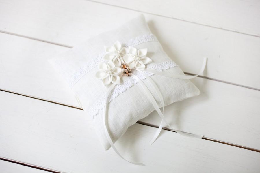 Hochzeit - Wedding Ring Pillow -  Ring Bearer Pillow - Linen lace ivory ring pillow - Rustic Ring Pillow - Ivory ring cushion - Flower ring pillow