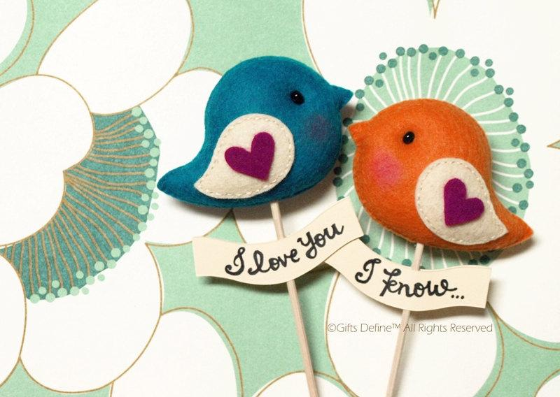 Mariage - LOVE BIRDS PAIR, Unique Personalized Wedding Cake Topper, Custom Colors, Party Decor, Wedding Photo Prop, Wedding Gift Favor for Bride Groom