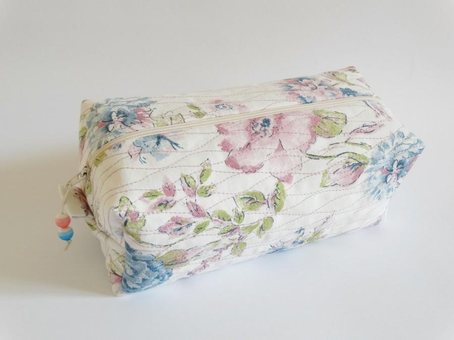 Hochzeit - Makeup Case for Girl, Baby Pink and Blue Weekend Toiletry Bag, Cosmetics Storage Bag, Cottage Chic Boxy Bag