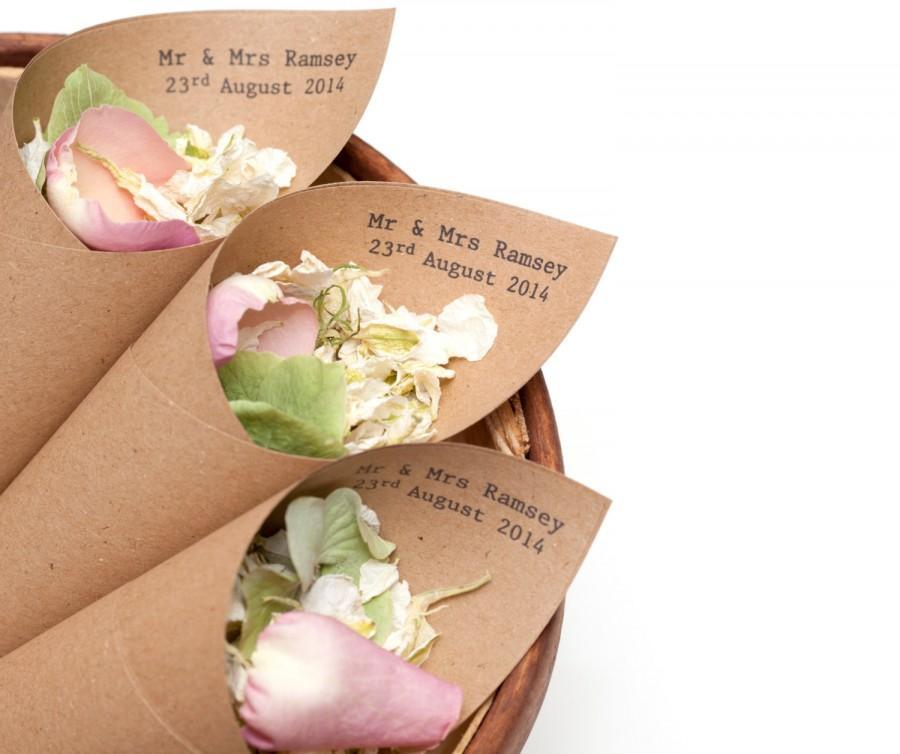 Свадьба - Mr & Mrs Confetti cones Pack of 5