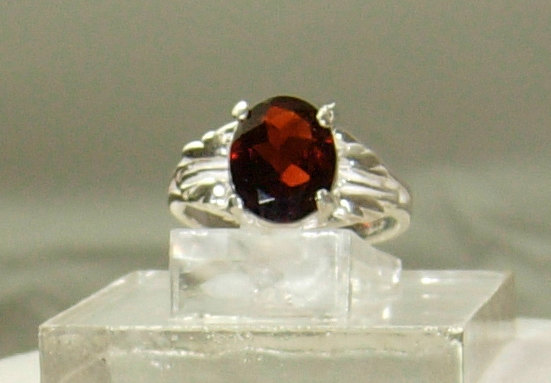 Mariage - Garnet sterling ring, RedGarnet Christmas ring,Garnet fashion ring, red Garnet birthstone ring,Garnet engagement ring,Garnet cocktail ring,