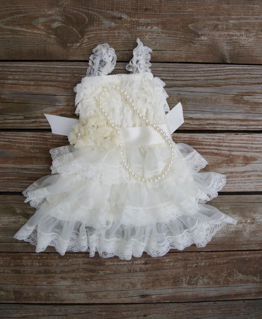 زفاف - Ivory flower girl dress. Flower girl dress. Lace flowergirl dress.  wedding. Toddler dress. Petti lace dress. Ruffle dress.