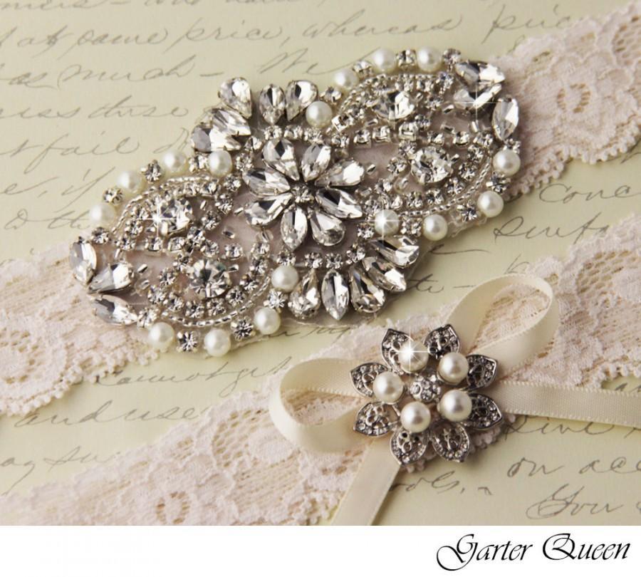 Mariage - BEST SELLER  Wedding garter set, Ivory stretch lace Bridal Garter set, Wedding Garter with Rhinestones and Crystals