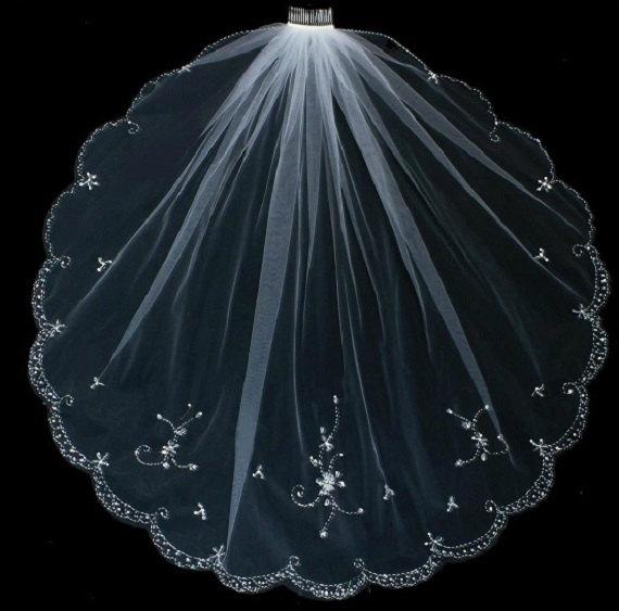 Hochzeit - Floral Veil