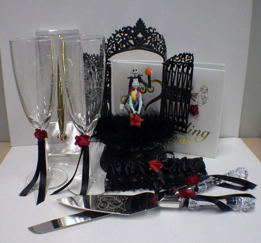 Hochzeit - Nightmare before Christmas Wedding Cake topper Lot Disney glasses, knife, book Jack Sally Halloween