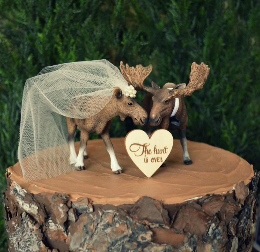 Hochzeit - Moose-Alaska-wedding cake topper-Moose lover-Moose hunter-hunting groom-rustic cake topper-moose bride and groom