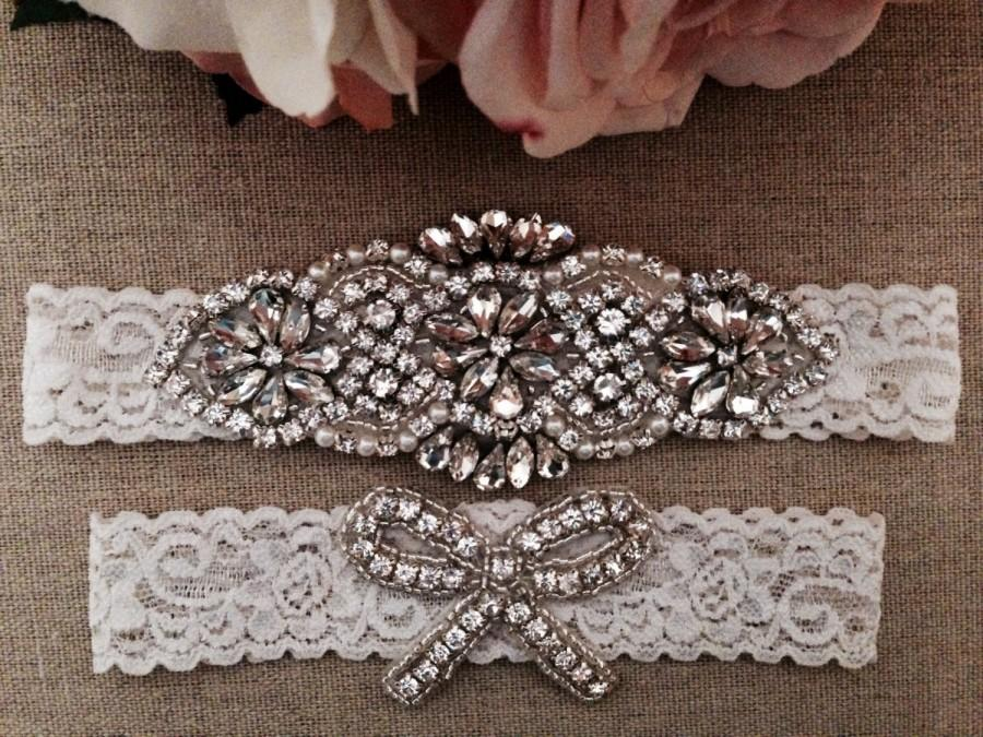 Свадьба - Wedding Garter - Bridal Garter -Ivory Couture Pearl and Crystal Rhinestone Garter and Toss Garter Set on Ivory Lace