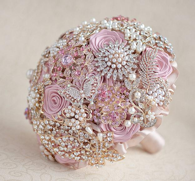 Свадьба - Brooch bouquet. Blush Pink, Ivory and Champagne wedding brooch bouquet, Jeweled Bouquet. Made upon request