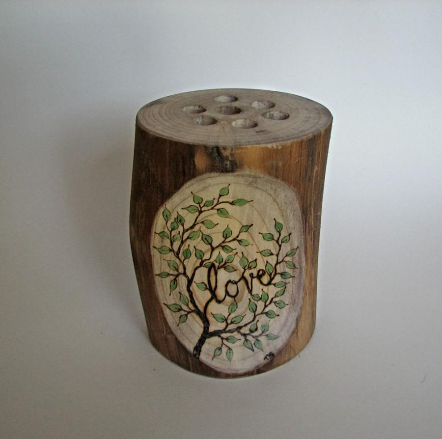 Mariage - Rustic Natural Magnolia Love Vase or Centerpiece  - Perfect Addition For Your Guest Book